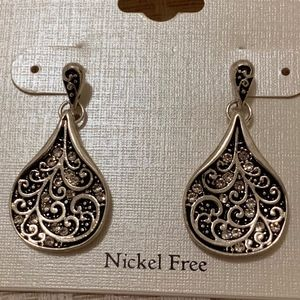Earrings Pierced Posts Antique Design NWOT